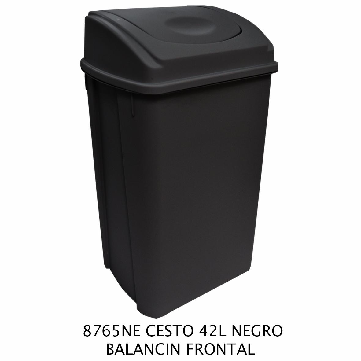 Bote de basura de 42 litros con balancín frontal color negro modelo 8765NE de Sablón