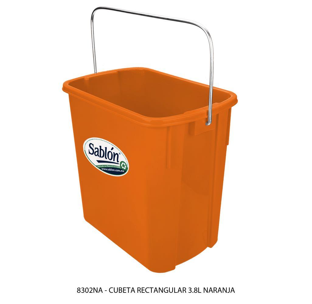 Cubeta rectangular de 3,8 litros color naranja modelo 8302NA Sablón