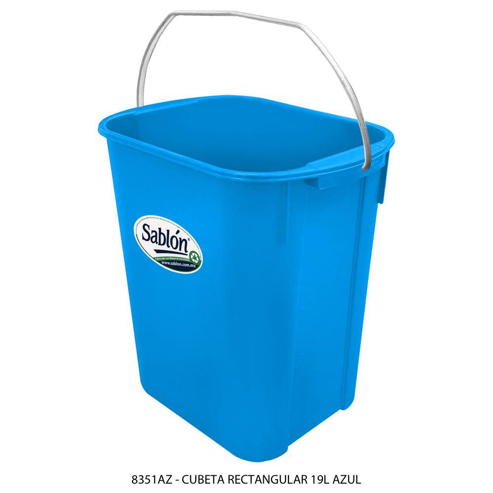 Cubeta rectangular de 19 litros color azul Modelo 8351AZ Sablón